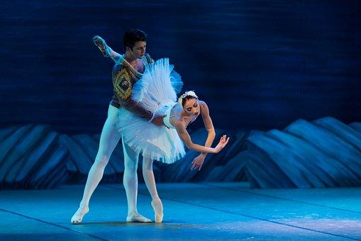 ballet-2124653__340